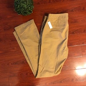Pants - NWT Old Navy Khaki Pants Size 16 LONG